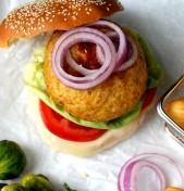Burger γαλοπούλας (με σπαράγγια)