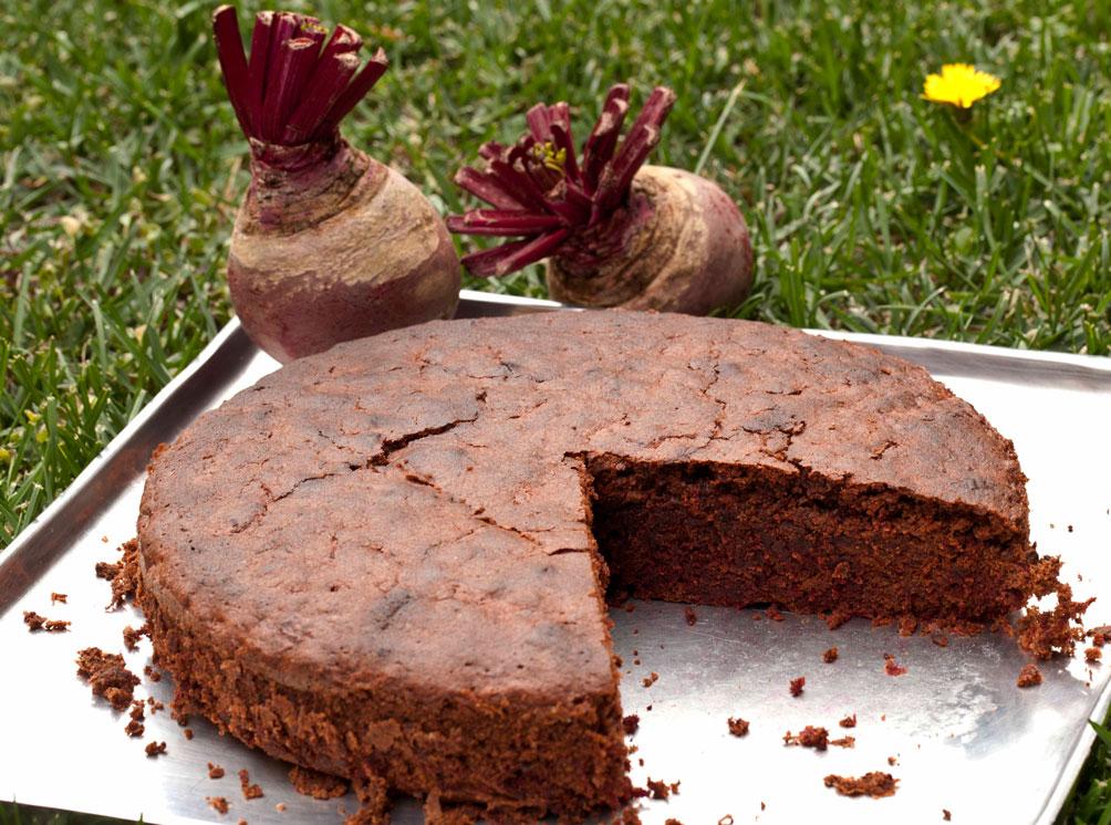 σοκολατένιο κέικ με παντζάρι