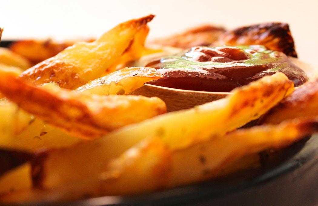 """""""τηγανιτές"""" πατάτες φούρνου"""
